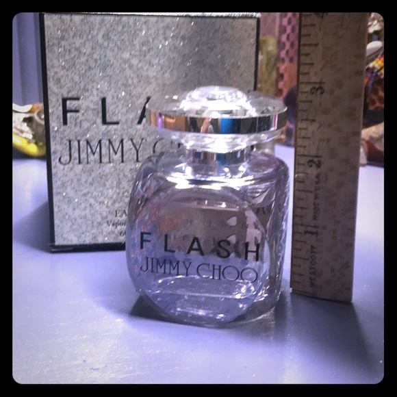 Flash Choo Parfum Eau FlOz 60 2 De Jimmy Ml vm0OnN8w